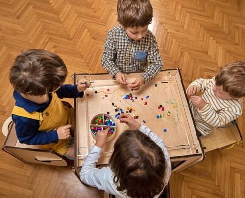 tavoluccico-tavolo-gioco-bambini